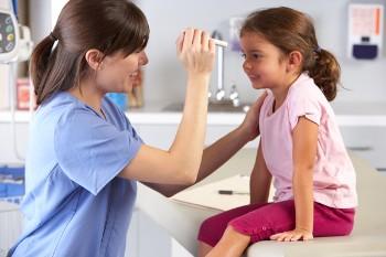 Смешанный астигматизм у детей и его лечение